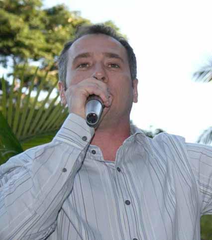 http://www.sinal.org.br/brasilia/imagens/0008-c_Max%20Meira.JPG